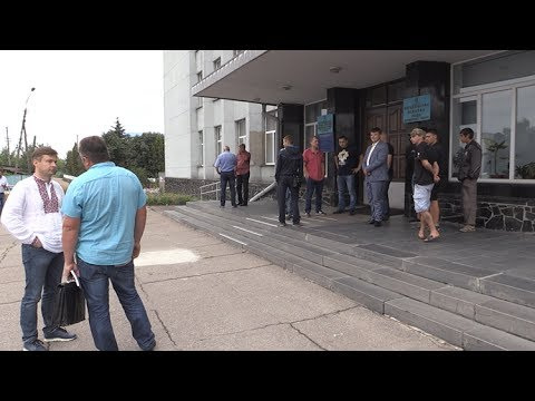 Житомирські свободівці змусили свого колишнього однопартійця написати заяву про складання мандату депутата