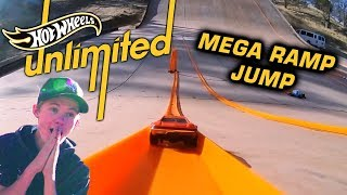 TANNER FOX 37MPH HOT WHEELS MEGA RAMP  | Hot Wheels Unlimited | Hot Wheels
