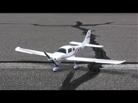 Flyzone Cessna 350 Corvalis Review - Part 1. Intro and Flight