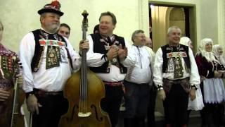 PRAHA-Vystoupení kyjovských Tetek a zpěváků z Horňácka s muzikou J.Petrů,M.Hrbáče,M.Minkse 5.