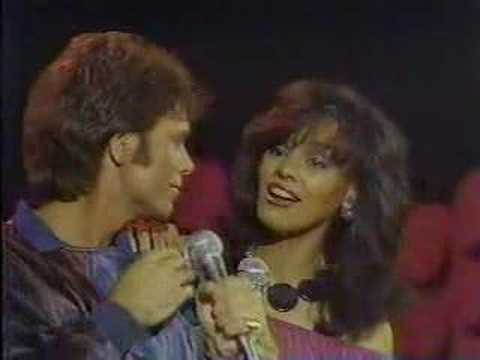 CLIFF RICHARD MARILYN MCCOO - Suddenly