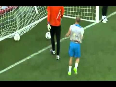 Incredibile Wesley Sneijder! Colpo di tacco da cineteca! Gol spettacolare!