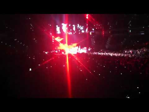 Red Hot Chili Peppers Can't Stop Live in Tampa 2012
