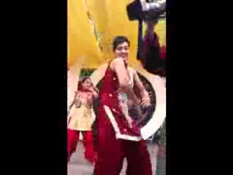 Very Sexy & Hot Girls Dance With Yo Yo Honey Singh  In Punjab University, Chandigarh By Sss video