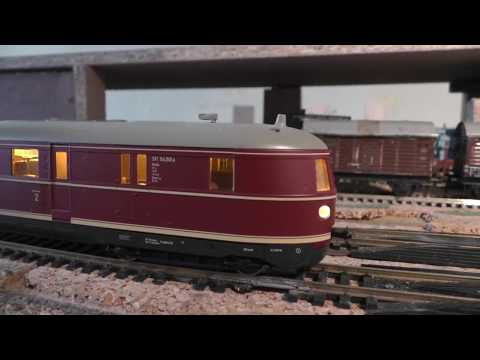 Streamliner VT 04 flying Hamburger and BR 03.10 with 1st class F-Zug fast passenger service