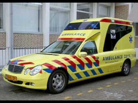 Rubberen Robbie - de Ambulance