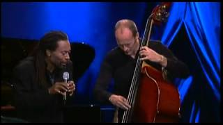 Bobby Mcferrin performance J.S. Bach - Swinging Bach - Leipzig 2000