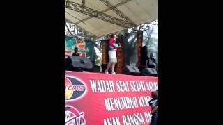 download lagu Via Vallen Jejakmu The Rosta Live Tamanriamaospati gratis