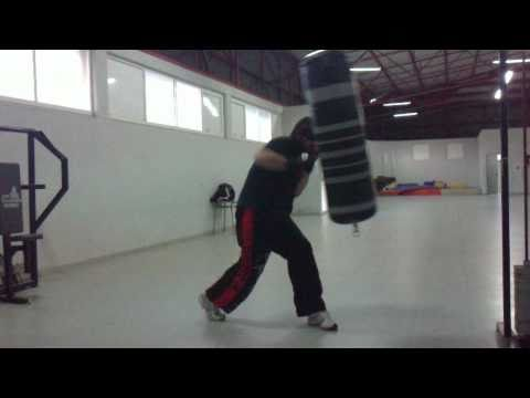 saco de boxeo, boxing bag ,sac de frappe kick boxing training Image 1