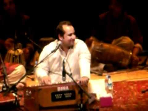 Rahat Fateh Ali Khan - Aaj Din Chadheya (Live Concert In Singapore...