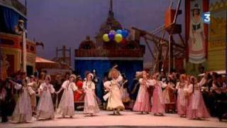 Petrushka . extrait de ACT 1. Ballet l'opera National de Paris