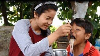 How To Cook Food Khmer-Cambodian Food -My Village Food-Khmer Cooking៕(សម្លមីសួខ្មែរ)៕