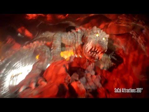 [HD] FULL Roaring Rapids with SCARY Crocodile-like Beast - Shanghai Disneyland 2016