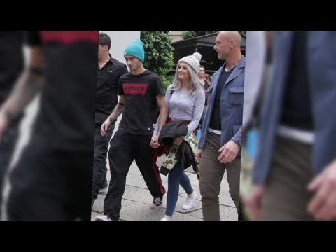 Zayn Malik and Perrie Edwards Stroll Hand-in-Hand in Verona - Splash News