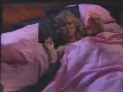 Agnetha Faltskog - Can't shake loose  (Official music video 1983)