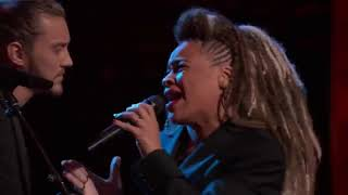 Cody Ray Raymond Battle SandyRedd to Cry to Me   The Voice 2018 Battles