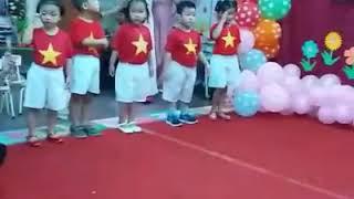 Bé múa Việt Nam Ơi - Trường mầm non Thần Đồng Việt Nha Trang