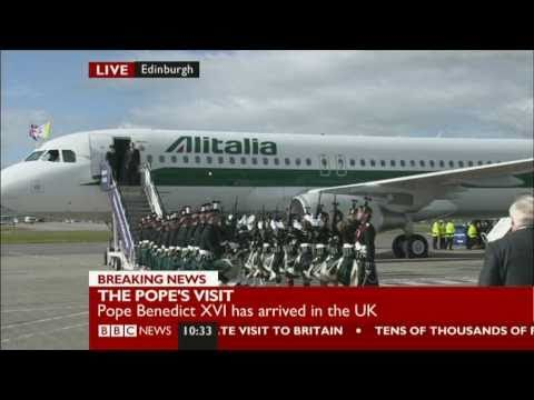 Pope Benedict XVI arrives in UK