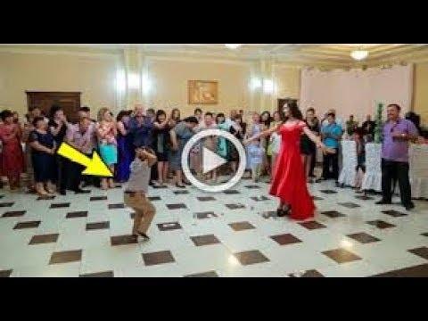 لن تتوقع ان هذا الذى يرقص هو طفل رقص من الاخر thumbnail