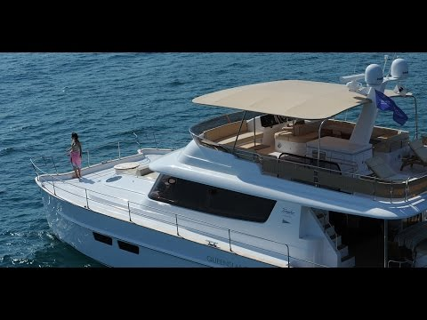 QUEENSLAND 55 - Fountaine Pajot MOTOR YACHTS (english version)