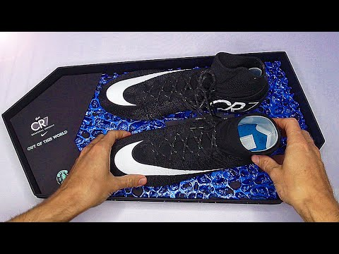 Exclusive: Cristiano Ronaldo Nike Superfly 4 Unboxing