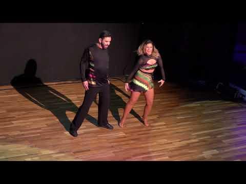 MAH01255 ~ DIZC2017 Andressa & Freddy in Performance ~ video by Zouk Soul