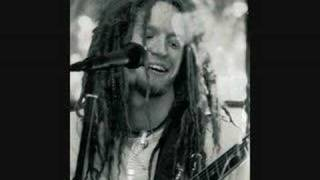 Watch Newton Faulkner Foundations video