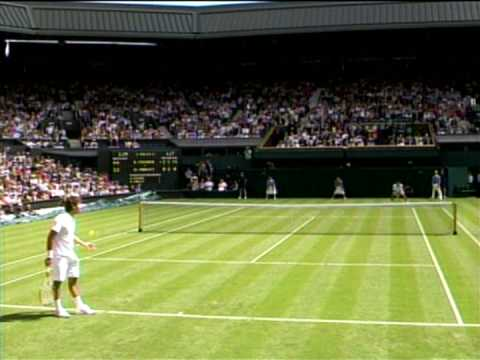 Federer-Hrbaty cool changeover