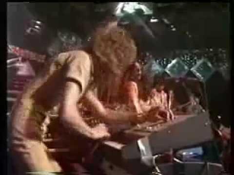 Stanley Clarke @ Montreux '77 Pt. 1 - Yesterday Princess/Lopsy Lu
