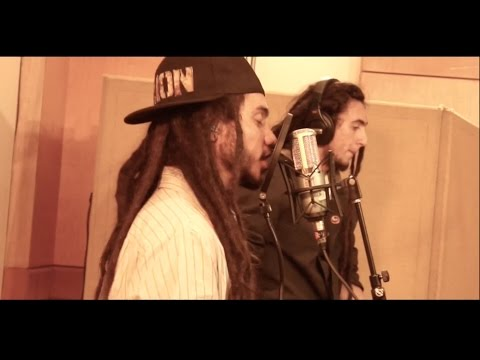 Lion Reggae - Mucha Fuerza (live Session) video