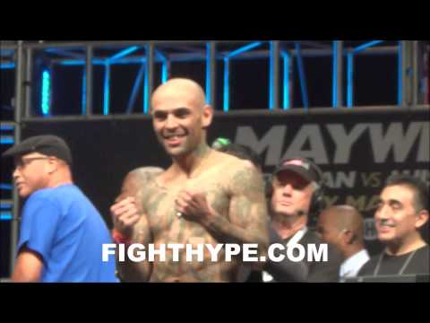 AMIR KHAN VS. LUIS COLLAZO WEIGH-IN