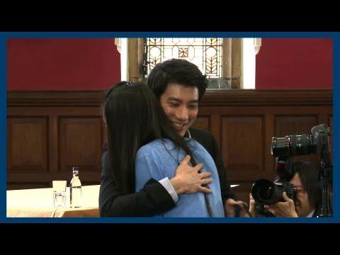 Leehom Gets Some Cookies | Wang Leehom | Oxford Union
