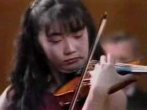 A. Suwanai plays Paganini Violin Concerto No.1 (1 of 5)