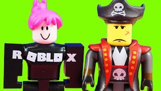 Roblox Toy Collection With Figures And Toolkit Carrying Case