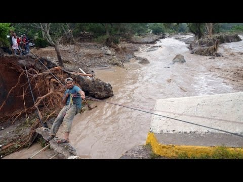 5 children, mother killed in Mexico mudslide
