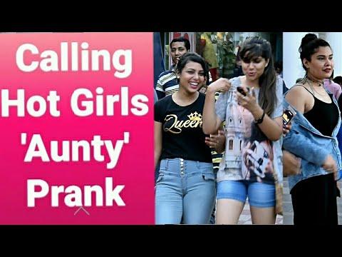 download lagu Calling Hot Girls `aunty` Prank  Pranks In India gratis