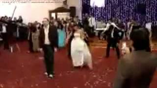 Persian Wedding in Tehran via Michael Jackson´s Thriller