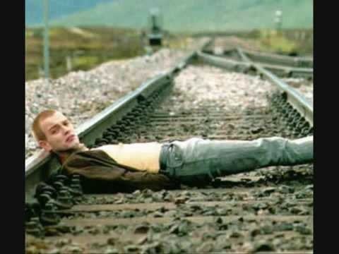 Iggy Pop - Lust For Life (trainspotting)
