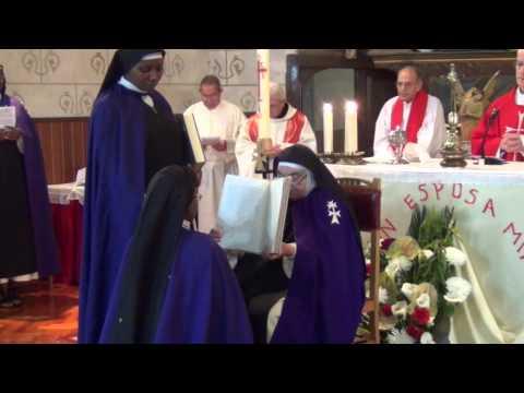 MONASTERIO SANCTI SPIRITUS DE SANGUESA VOTOS SOLEMNES MADRES MARIA Y BERNARDETT 22 04 2015