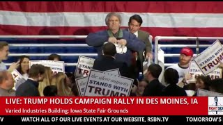 Protester Interrupts Donald Trump, Tears Up a Trump Sign in Des Moines (12-11-15)