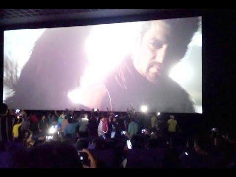 Kick | Salman Khan Fans Go Crazy