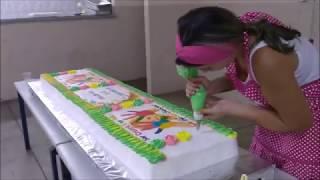 Decorando bolo grande para o dia das crianças!