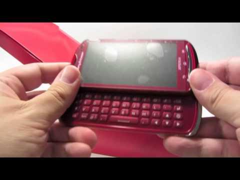 Unboxing Sony Ericsson Xperia pro