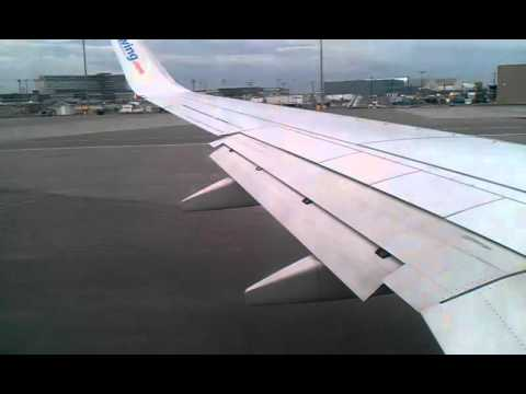 sunwing airlines boeing 737-800 take off from montreal klip izle