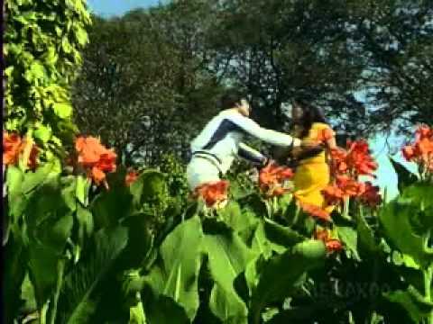 Daulat - Teri Har Adda Hai - Kishore Kumar - Asha Bhosle.flv