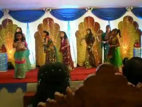 Oh Radha Teri Chunri (dance) - Dnmppjh video