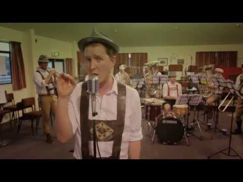Roar By Katy Perry - Matt Mulholland & The Steinbenders (official Beer Band Cover) video