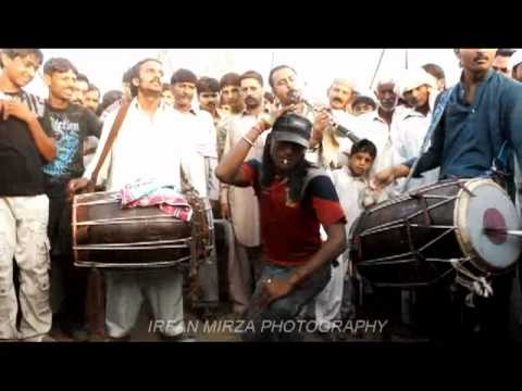 Punjabi Desi Beat Dhol Performance