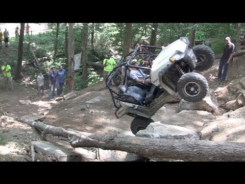 ETHAN TANNER AINT SCARED HITS AXLE HILL IN HIS POLARIS RZR-S
