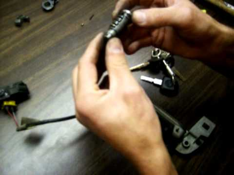 bmw e36 door lock removal